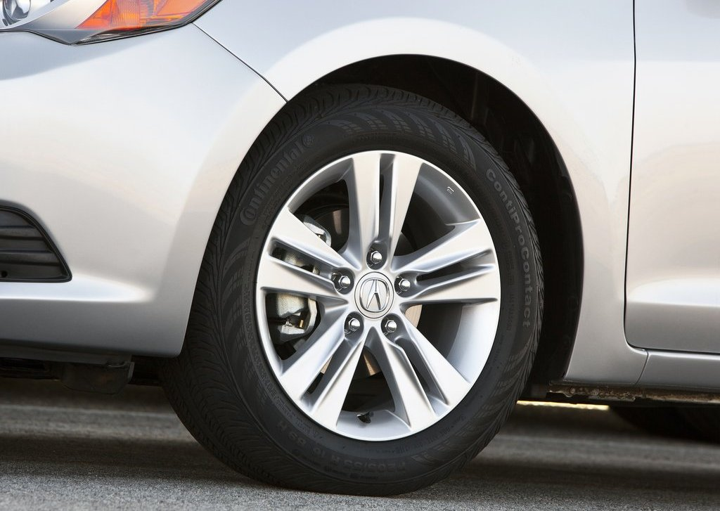 2013 Acura ILX Wheel (View 22 of 23)