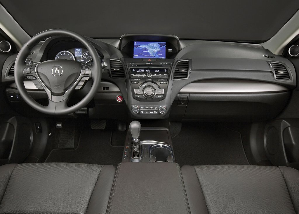 2013 Acura RDX Interior (Photo 6 of 10)