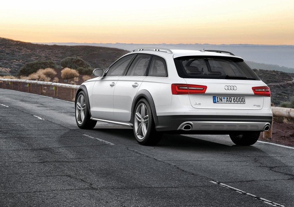 2013 Audi A6 Allroad Quattro Rear Angle (Photo 18 of 25)