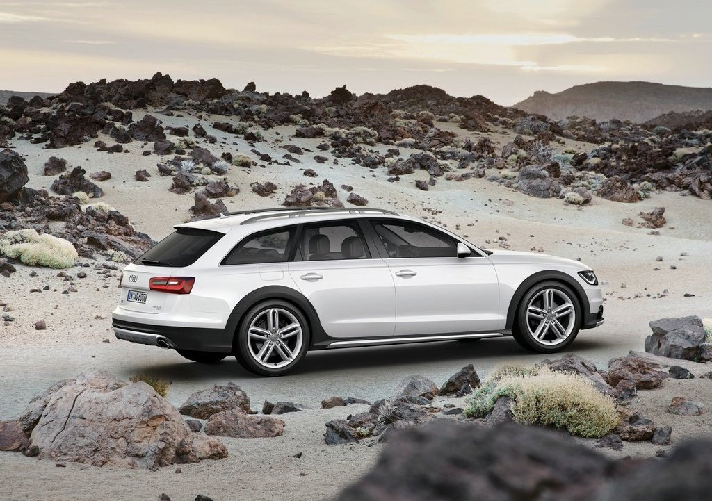 2013 Audi A6 Allroad Quattro Right Side (Photo 19 of 25)