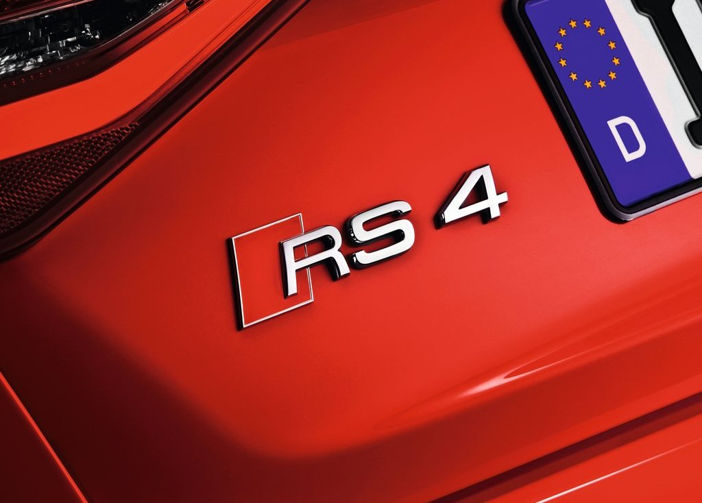 2013 Audi RS4 Avant Emblem (Photo 3 of 27)