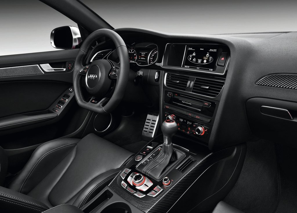 2013 Audi RS4 Avant Interior (Photo 10 of 27)