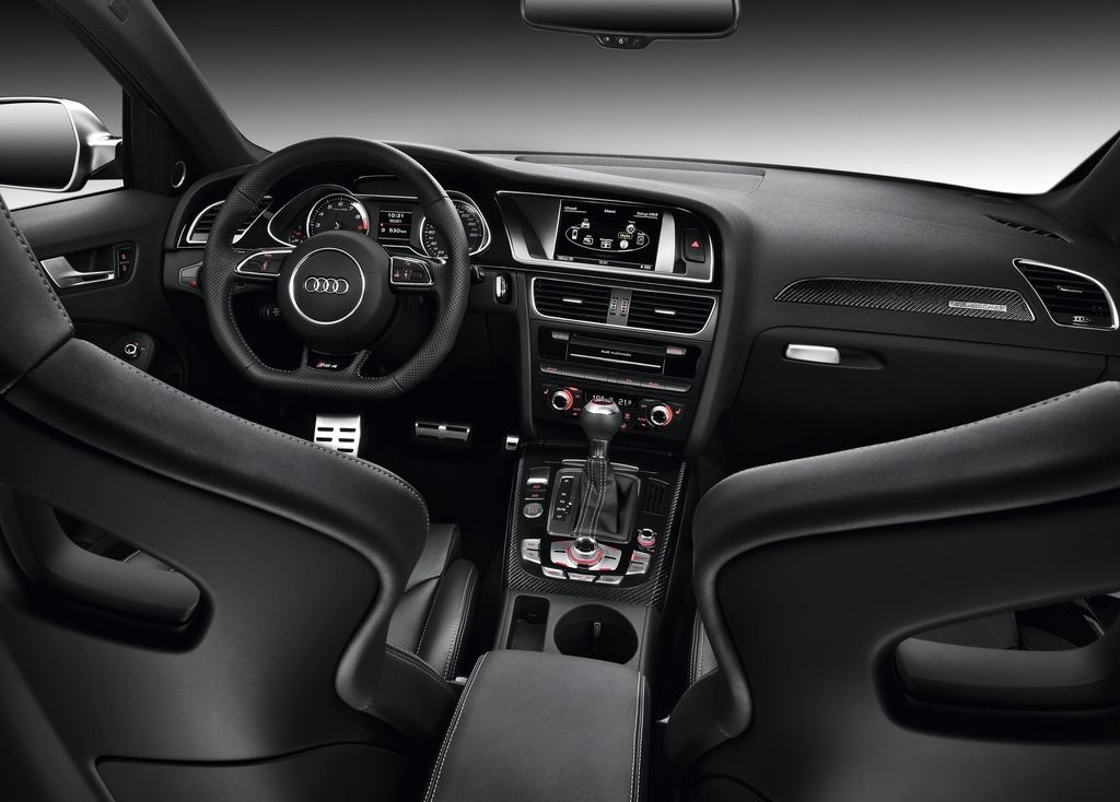 2013 Audi RS4 Avant Interior (Photo 13 of 27)