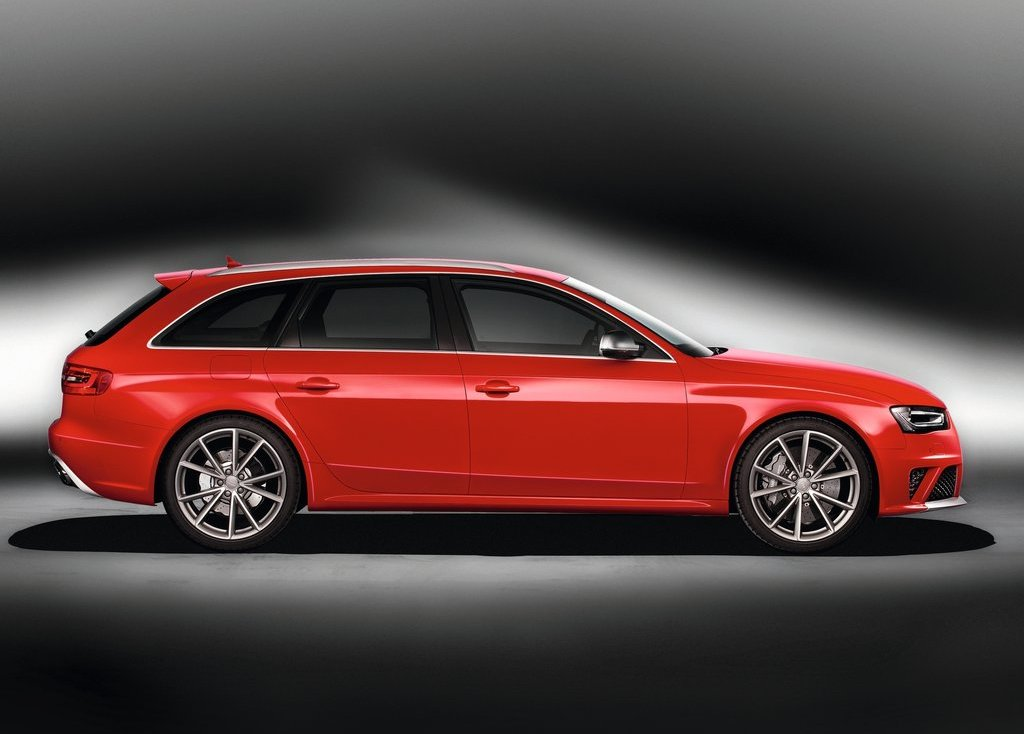 2013 Audi RS4 Avant Right Side (Photo 19 of 27)