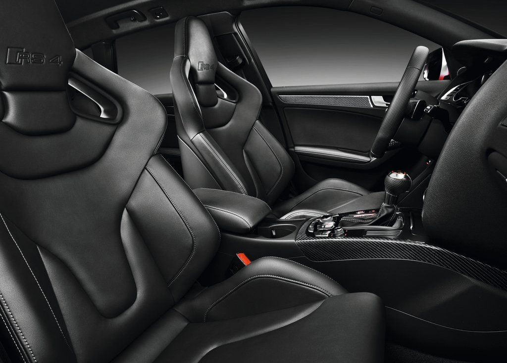 2013 Audi RS4 Avant Seat (Photo 22 of 27)