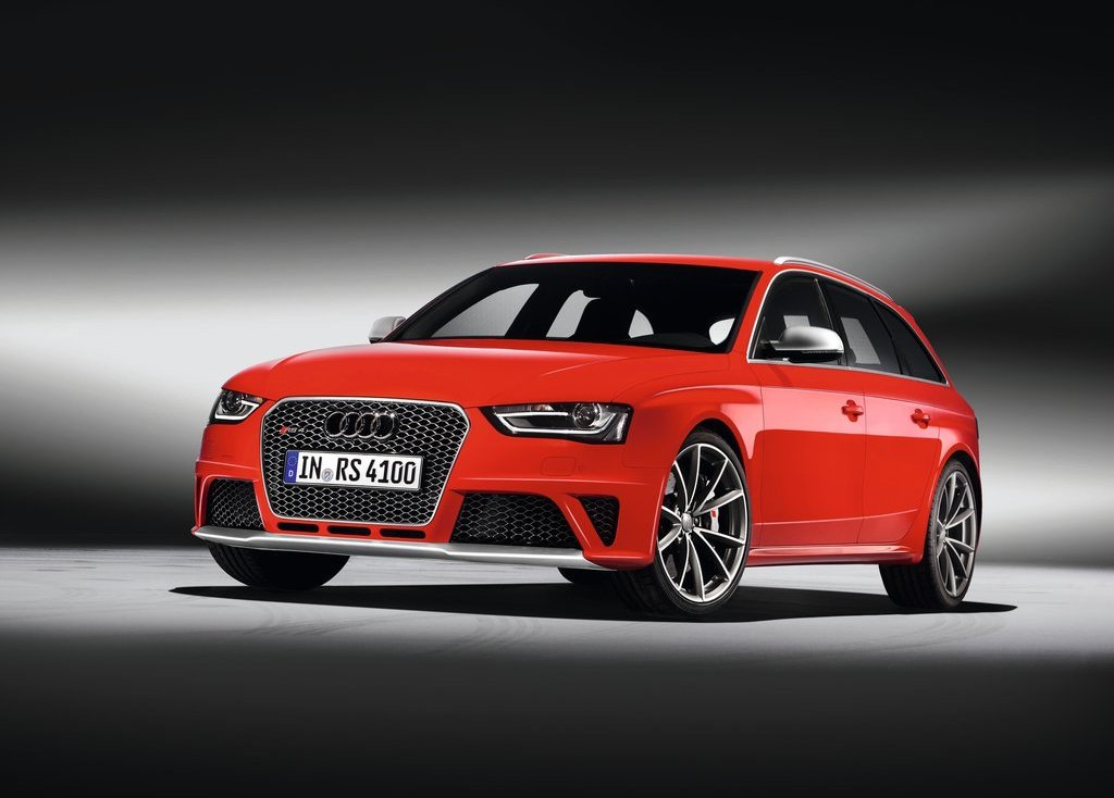 Featured Image of 2013 Audi RS4 Avant Review And Price