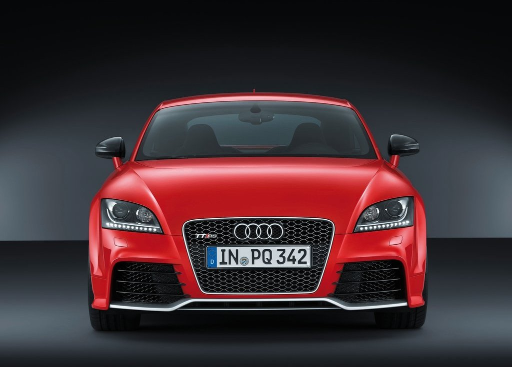 2013 Audi TT RS Plus Front (View 3 of 24)