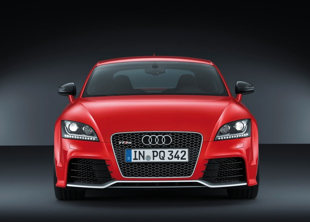 2013 Audi TT RS Plus Front (View 5 of 24)