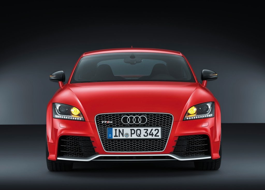 2013 Audi TT RS Plus Front (View 4 of 24)