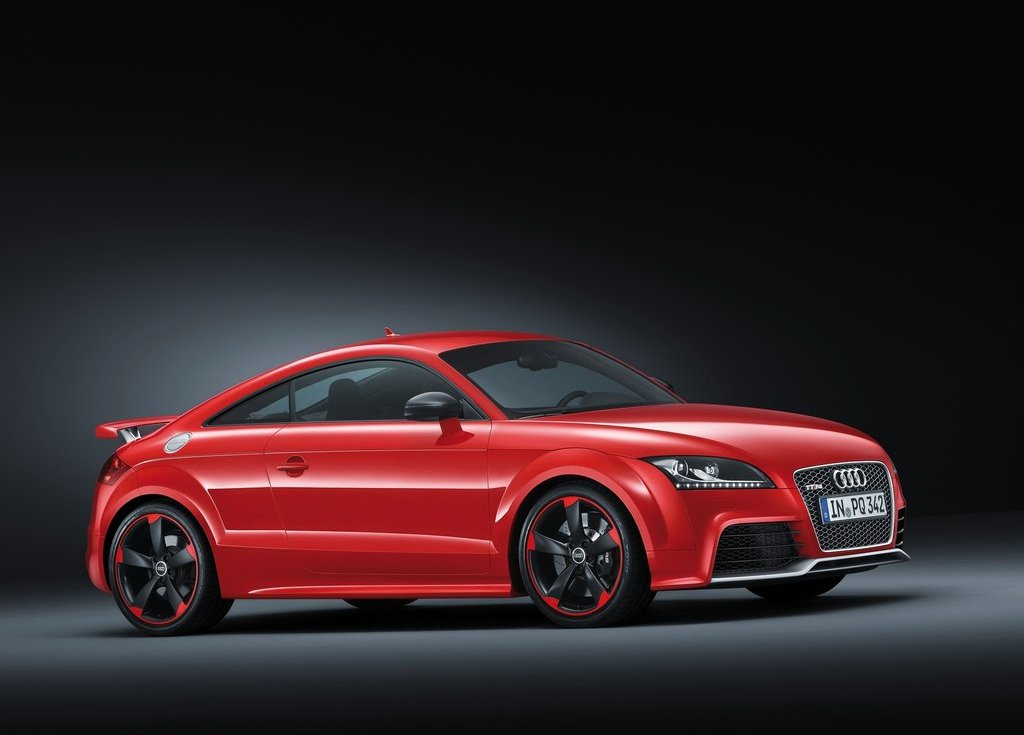 2013 Audi TT RS Plus Front Angle (View 6 of 24)