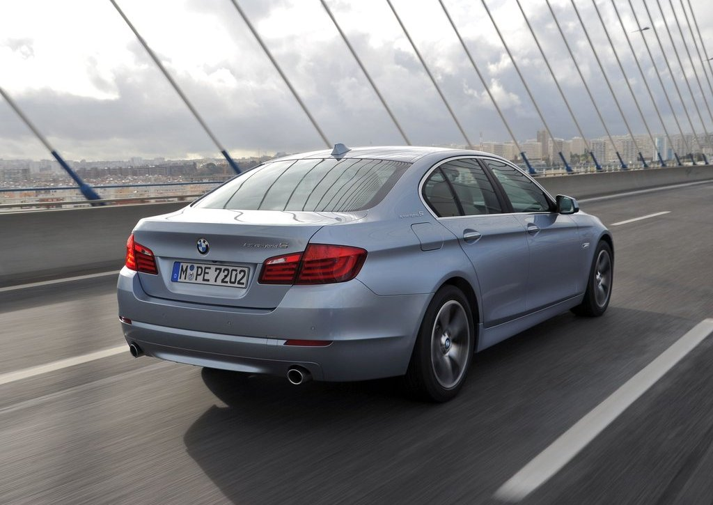 2013 BMW 5 ActiveHybrid (View 4 of 30)