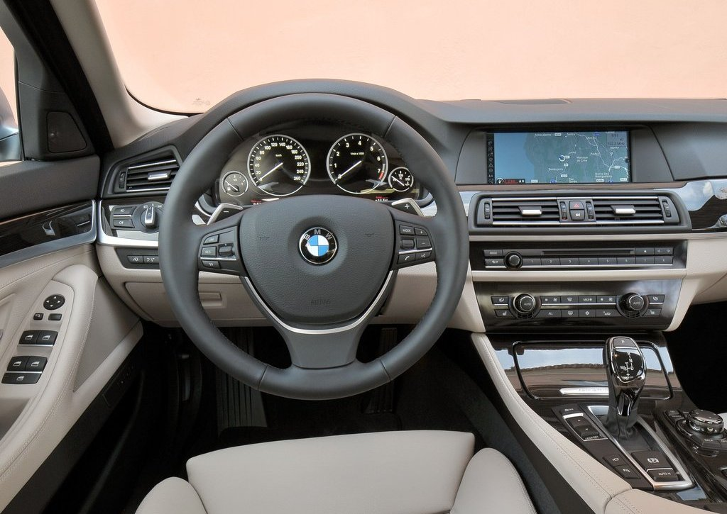 2013 BMW 5 ActiveHybrid Interior (View 14 of 30)