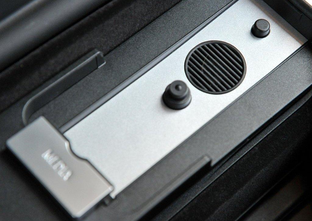 2013 BMW 5 ActiveHybrid Interior  (Photo 19 of 30)