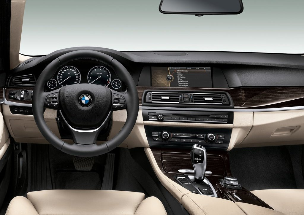 2013 BMW 5 ActiveHybrid Interior (View 19 of 30)