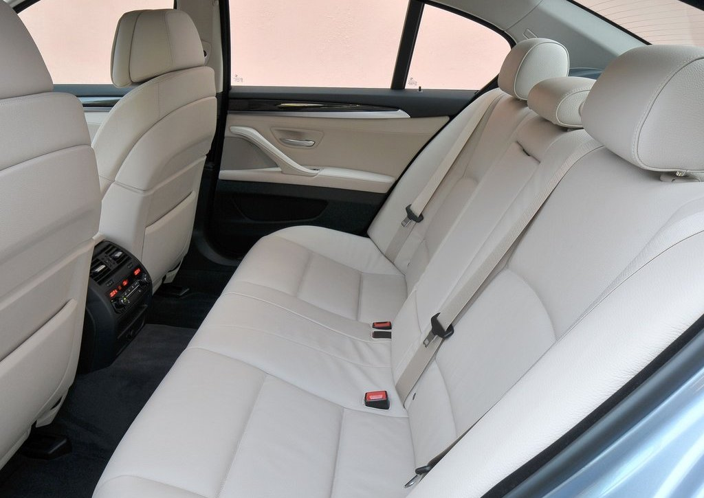 2013 BMW 5 ActiveHybrid Seat  (Photo 25 of 30)