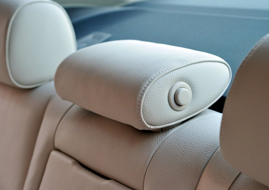 2013 BMW 5 ActiveHybrid Seat (View 24 of 30)