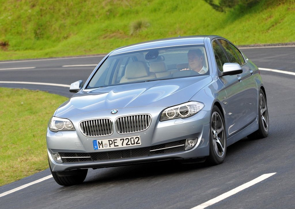 Featured Image of 2013 BMW 5 ActiveHybrid Review