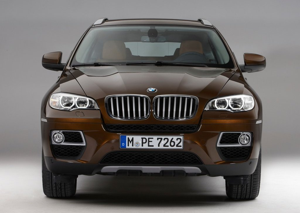 2013 BMW X6 Front (Photo 4 of 10)