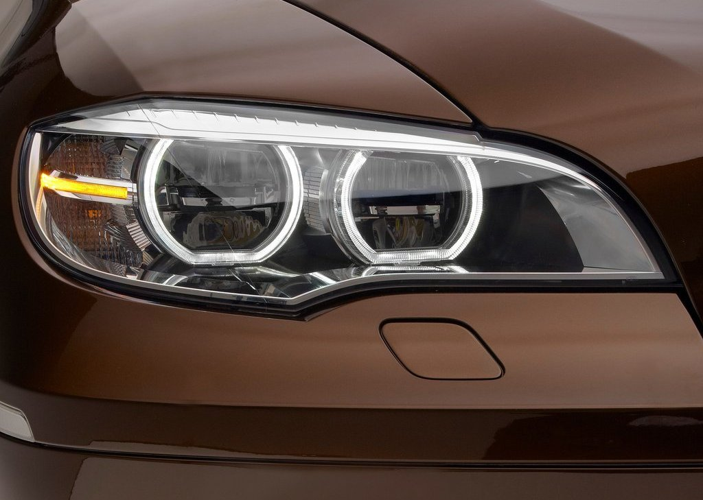 2013 BMW X6 Head Lamp (Photo 5 of 10)