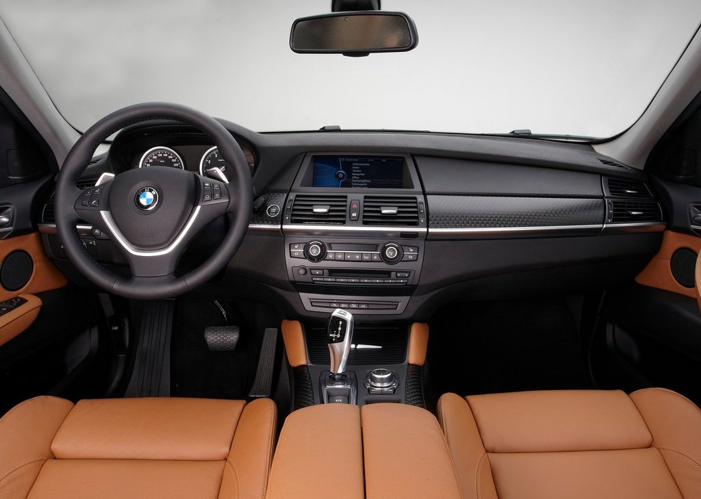 2013 BMW X6 Interior (Photo 6 of 10)