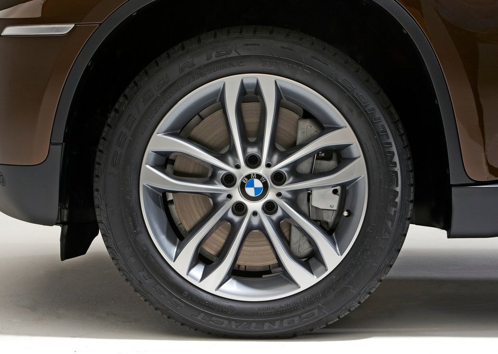 2013 BMW X6 Wheel (Photo 10 of 10)