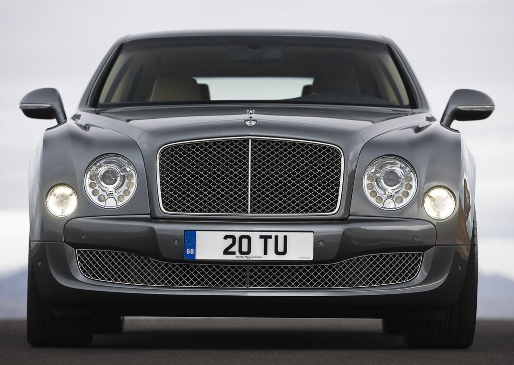 2013 Bentley Mulsanne Mulliner Front (Photo 5 of 10)