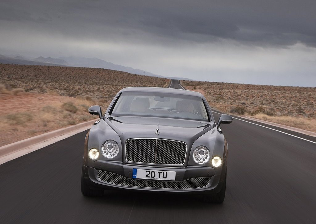 2013 Bentley Mulsanne Mulliner Front (Photo 4 of 10)