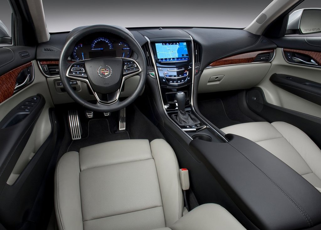 2013 Cadillac ATS Interior (Photo 10 of 13)