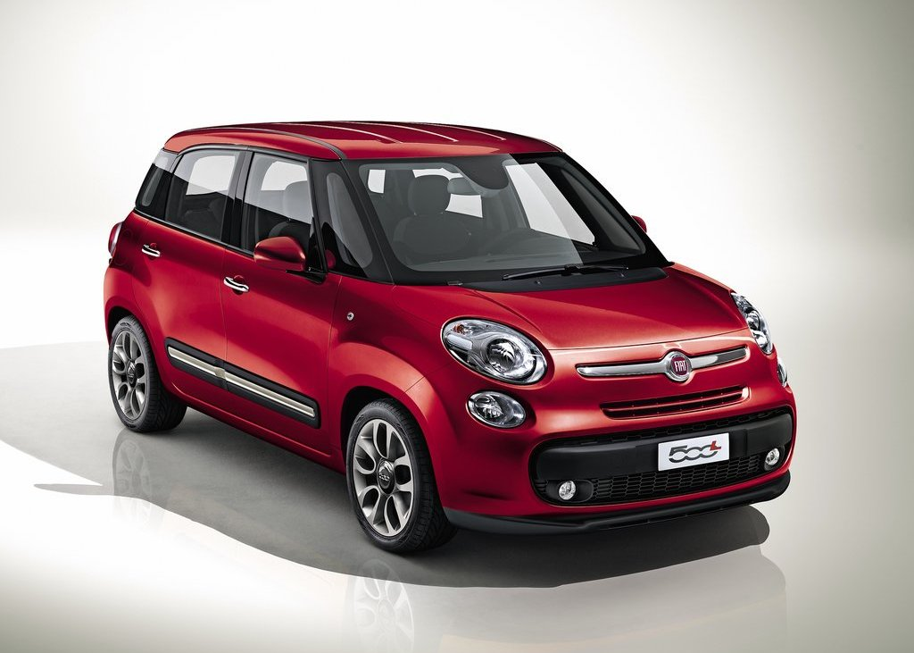 Featured Image of 2013 Fiat 500L Review