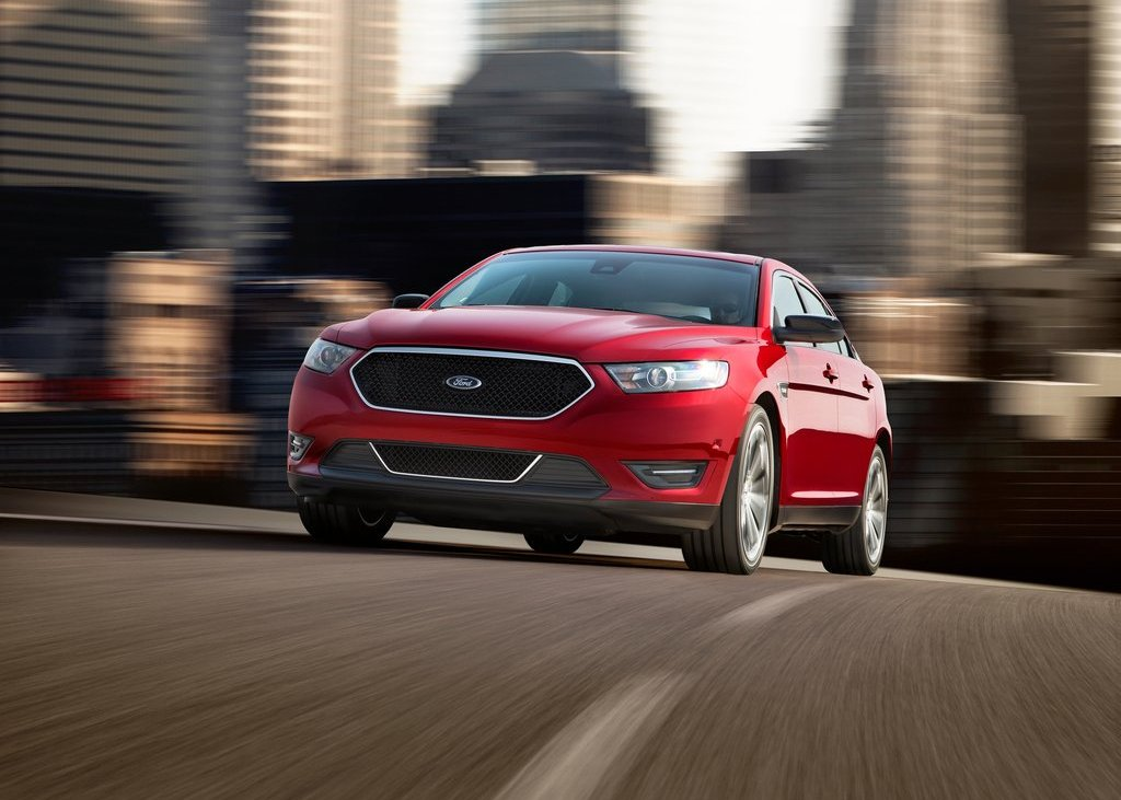2013 Ford Taurus SHO Front Angle (View 4 of 17)
