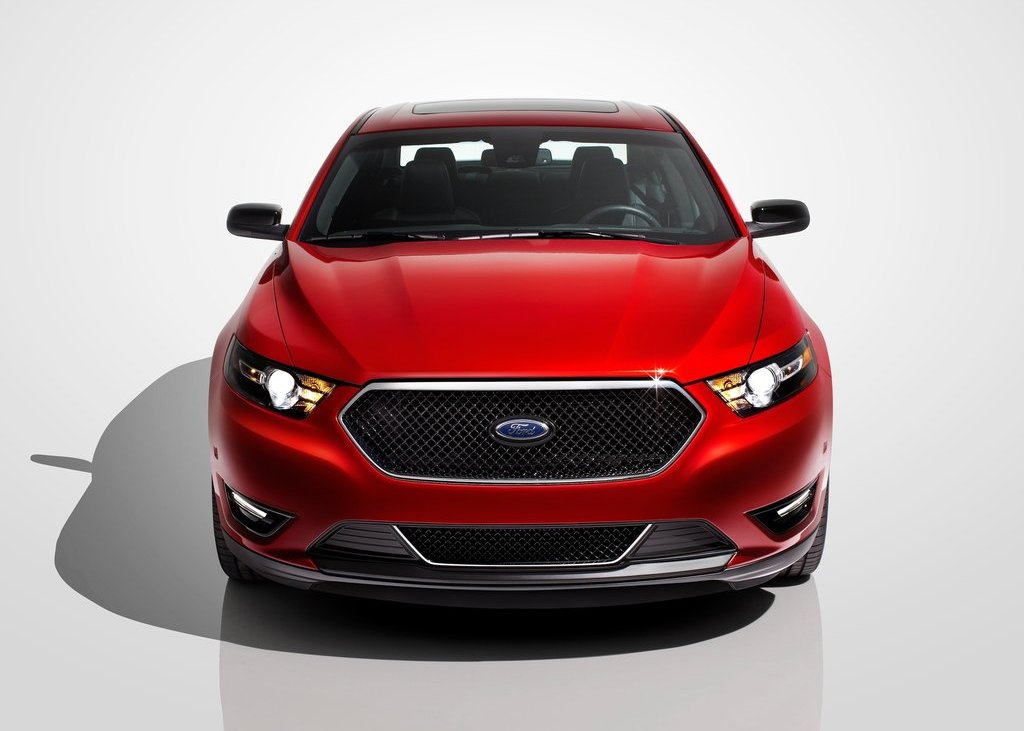 2013 Ford Taurus SHO Front View (View 5 of 17)