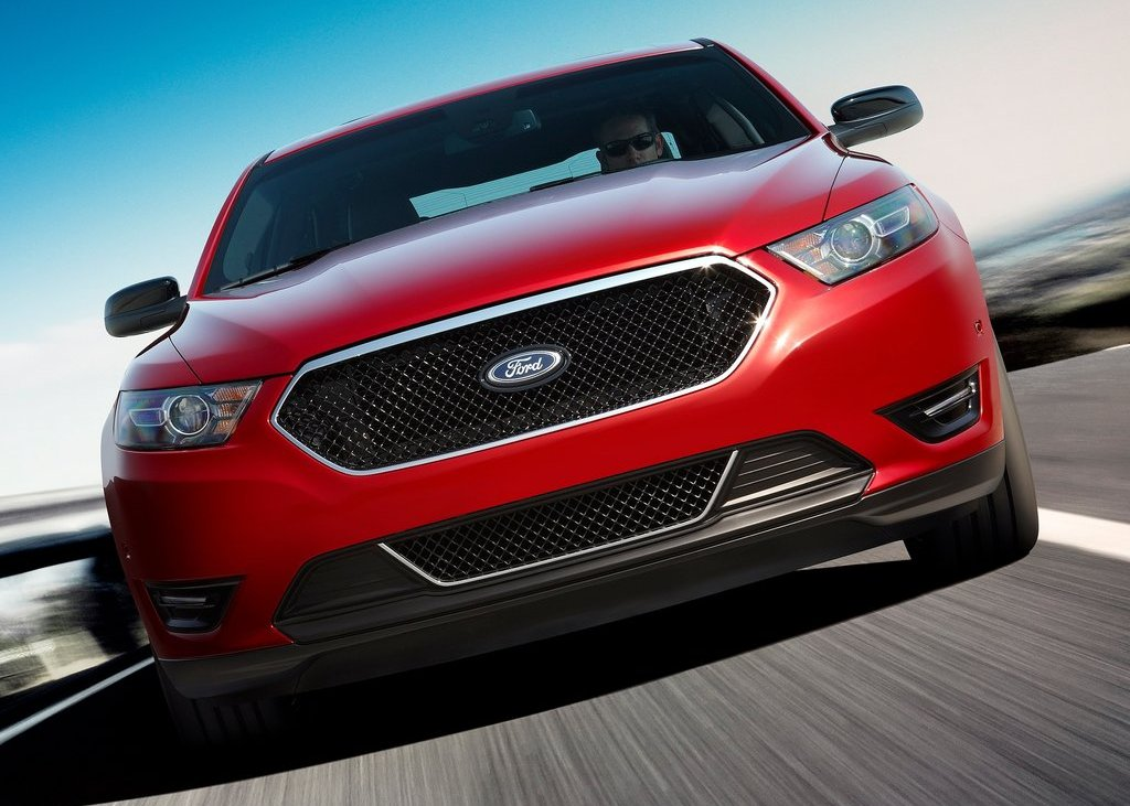 2013 Ford Taurus SHO Front (View 7 of 17)
