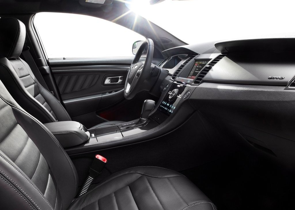 2013 Ford Taurus SHO Interior (Photo 10 of 17)