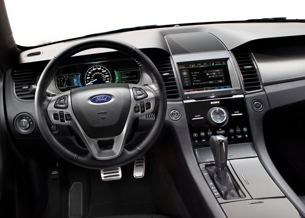 2013 Ford Taurus SHO Interior (Photo 11 of 17)