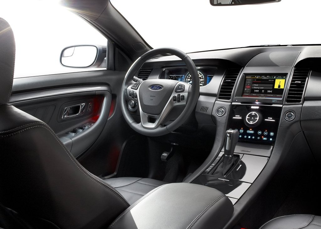 2013 Ford Taurus SHO Interior (Photo 12 of 17)