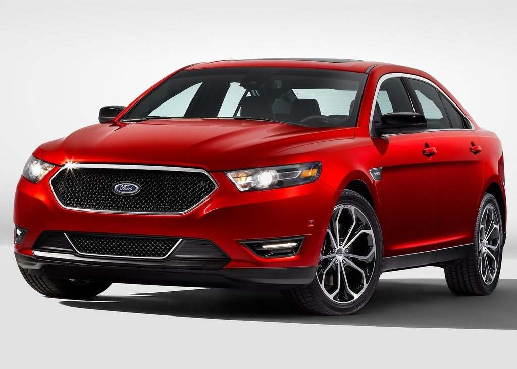 Featured Image of 2013 Ford Taurus SHO Review