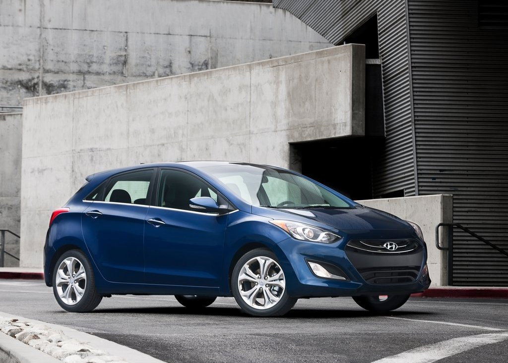 2013 Hyundai Elantra GT  (Photo 2 of 18)
