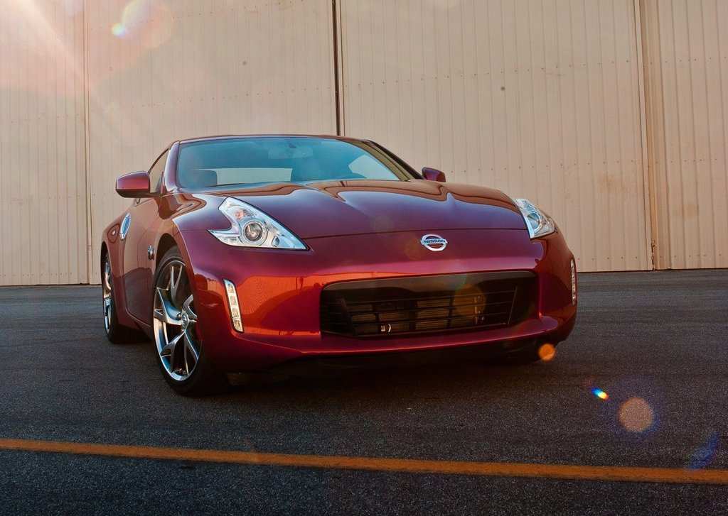 2013 Nissan 370Z Front (View 8 of 17)
