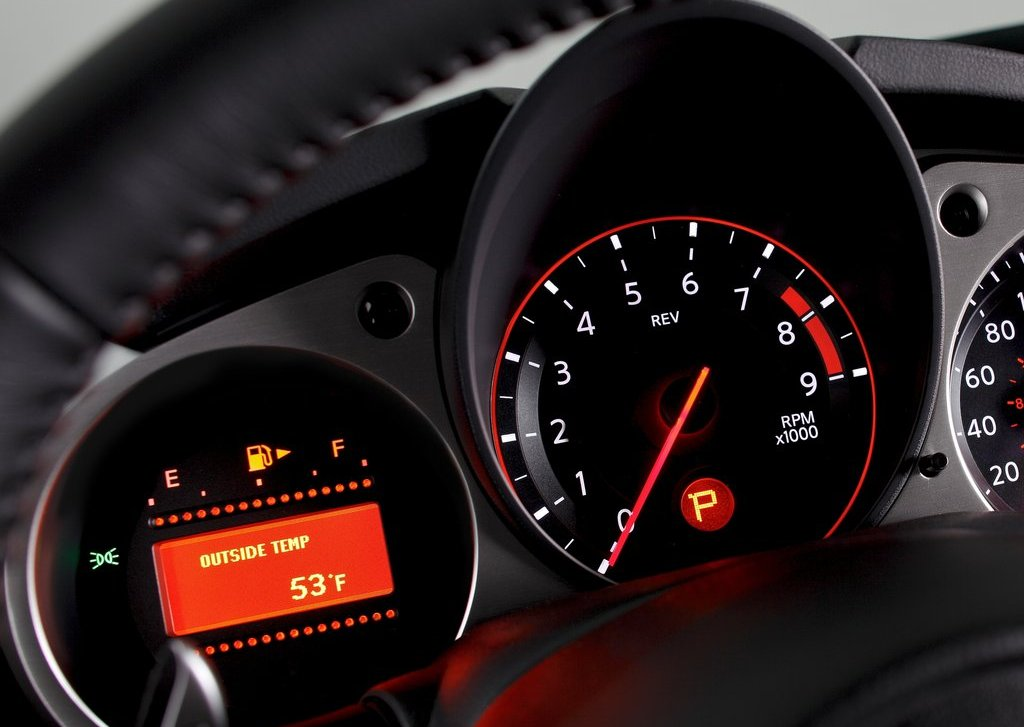 2013 Nissan 370Z Speedometer (View 10 of 17)