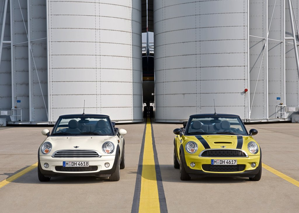 Mini Cooper S Cabrio And Mini Cooper Convertible (Photo 4 of 4)