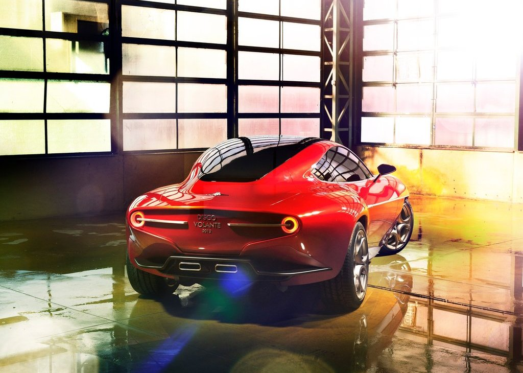 2012 Alfa Romeo Disco Volante Touring Concept Rear Angle (Photo 11 of 11)