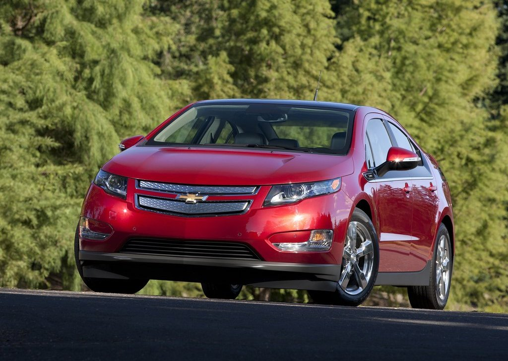 2012 Chevrolet Volt (Photo 2 of 31)