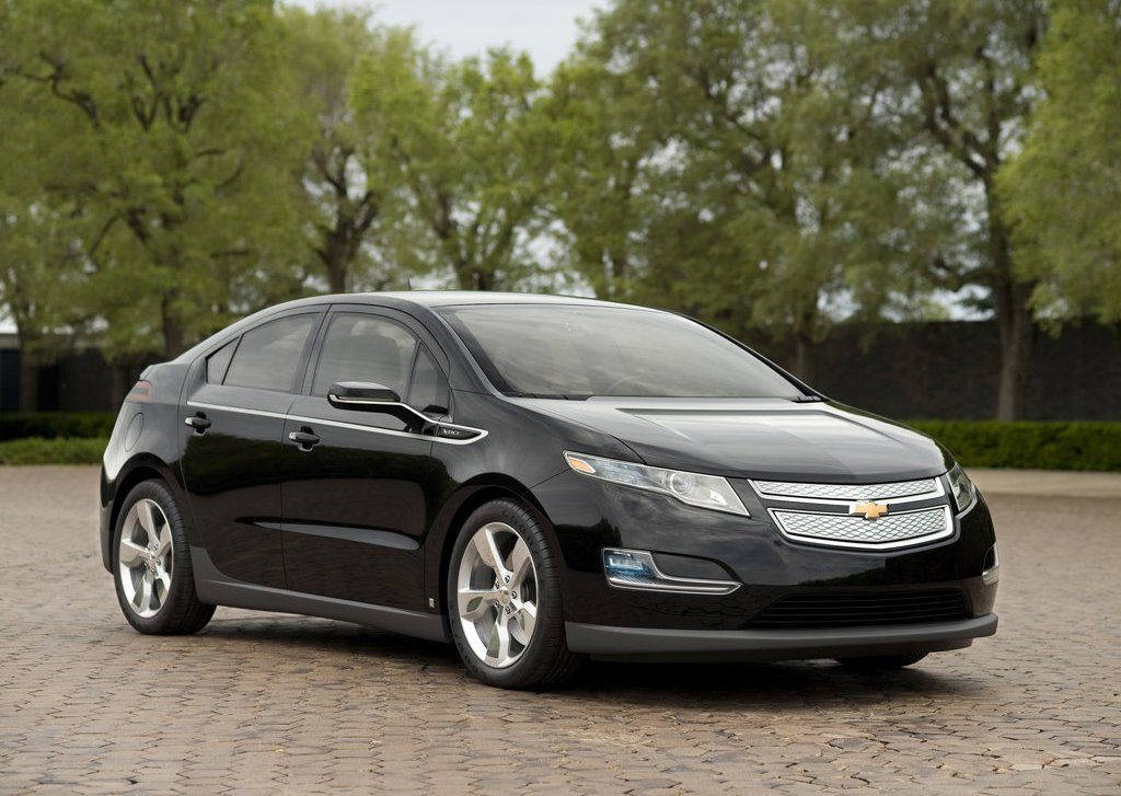 Featured Image of 2012 Chevrolet Volt Review
