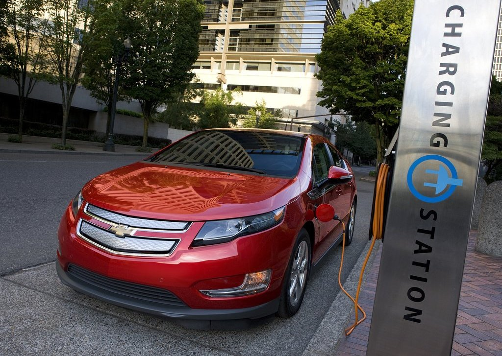 2012 Chevrolet Volt Charger Station (Photo 8 of 31)