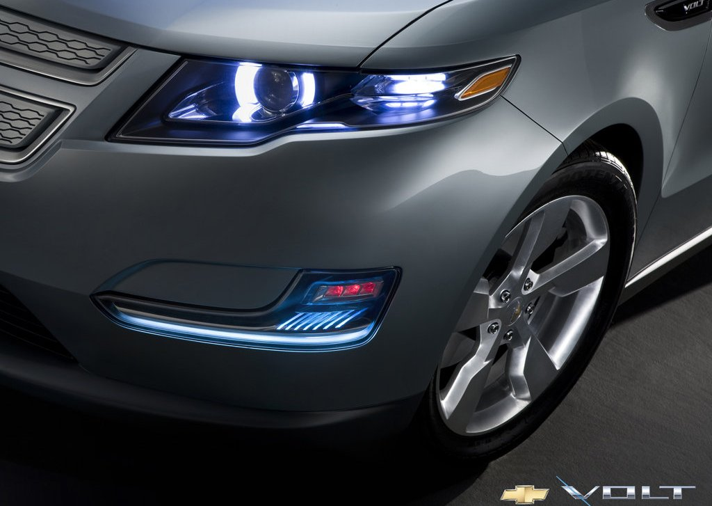 2012 Chevrolet Volt Head Lamp (Photo 14 of 31)