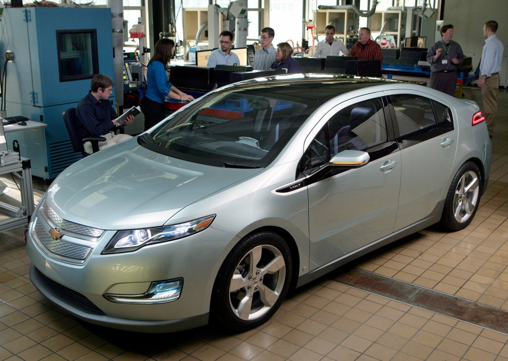 2012 Chevrolet Volt Show (Photo 25 of 31)
