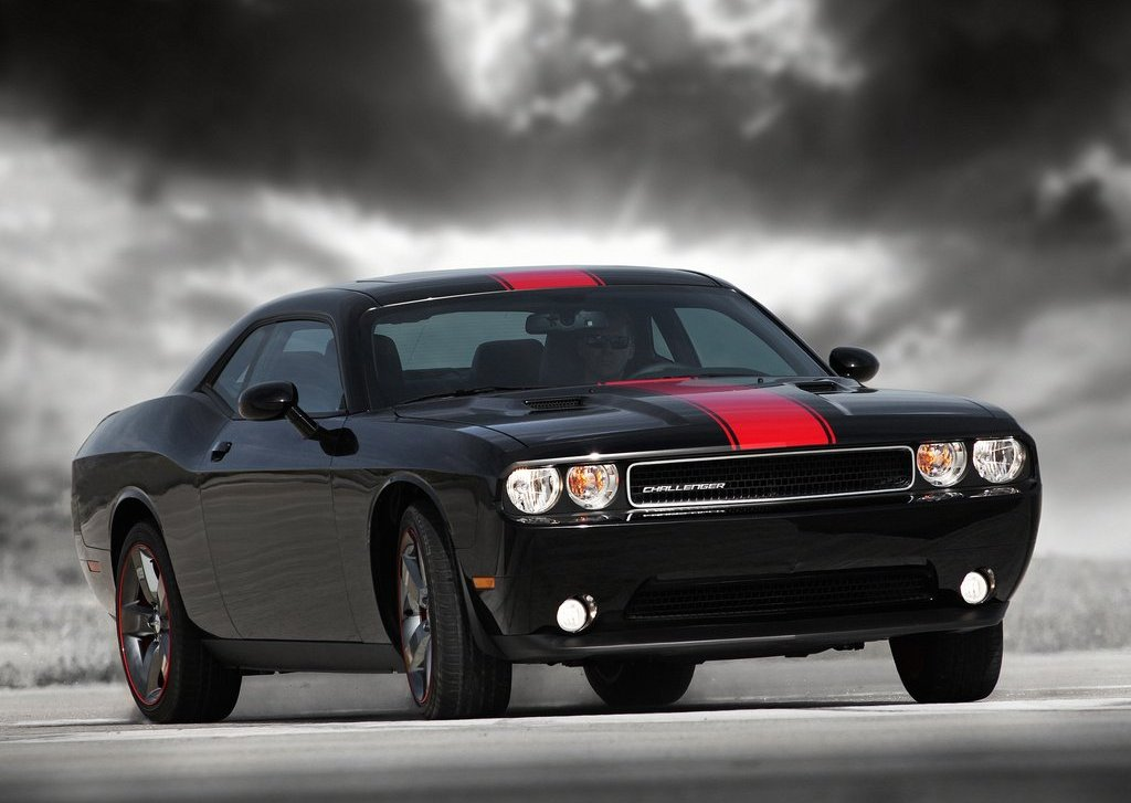 2012 Dodge Challenger Rallye Redline (Photo 1 of 9)
