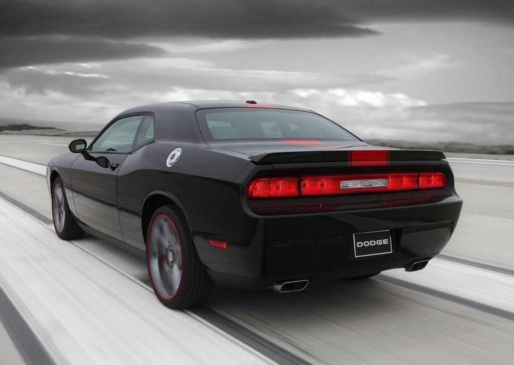 2012 Dodge Challenger Rallye Redline Rear (Photo 9 of 9)