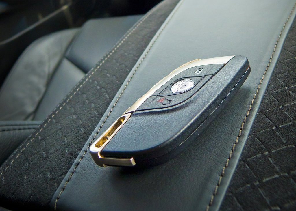 2012 Fisker Karma Interior (Photo 21 of 37)