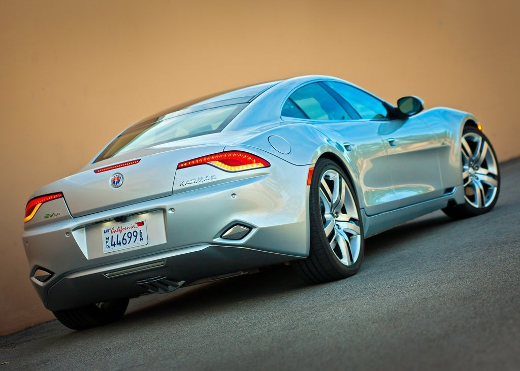 2012 Fisker Karma Rear Angle (Photo 30 of 37)